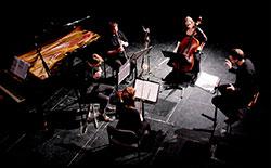 De la Orquesta a la Realidad Virtual: Introducción  a la Música Contemporánea y Música Nueva